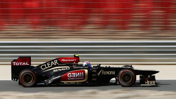 F1-2013-BAHREIN-LOTUS-RENAULT-ROMAIN-GROSJEAN photo Team