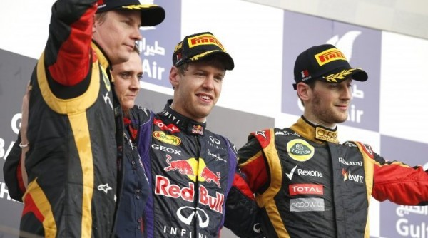 F1-2013-BAHREIN-PODIUM-VETTEL-KIMI-ROMAIN 100 % RENAULT