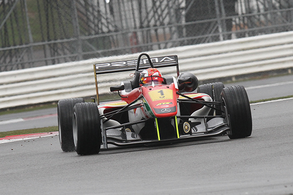 F3-FIA-2013-SILVERSTONE-MARCIELLO-1er-Course-3-Photo-Gilles-VITRY-autonewsinfo