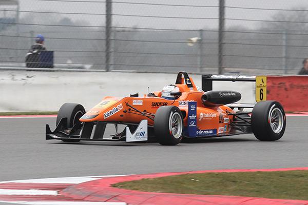 F3-FIA-2013-SILVERSTONE-ROSENQVIST-Course-3-Photo-Gilles-VITRY-autonewsinfo