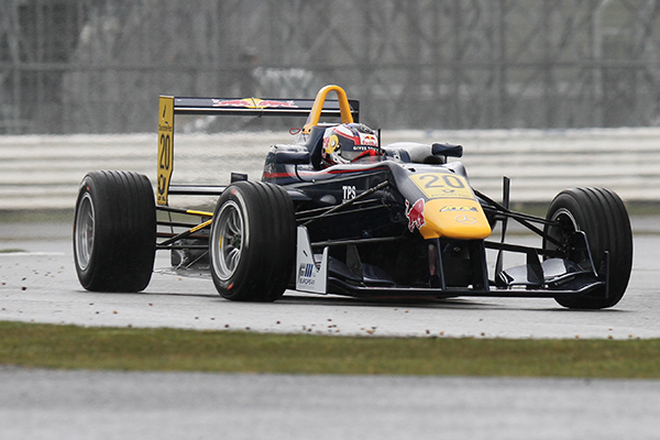 F3-FIA-SILVERSTONE-Tom-BLOMQVIST-Team-Euro-International-Photo-Gilles-VITRY-autonewsinfo