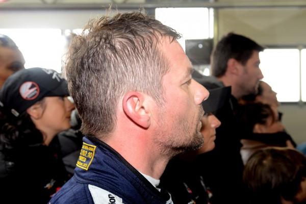 GT-FIA-2013-NOGARO-LOEB-apres-son-relais-course-2-lundi-de-Paques-Photo-Claude-MOLINIER.