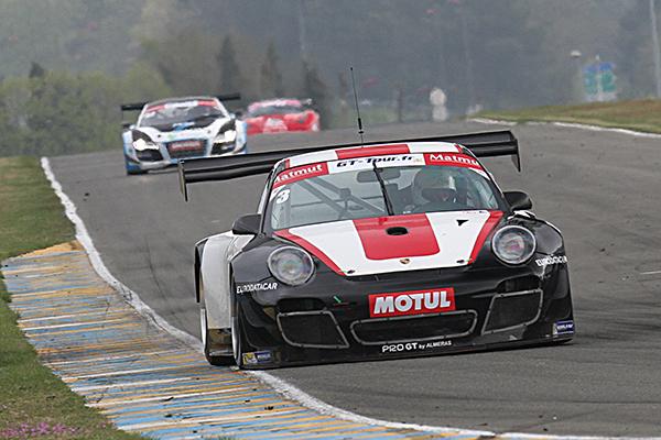 GT-TOUR-FFSA-2013-LE-MANS-2-è-coupe-MOREL-FRANCE-Photo-Gilles-VITRY-autonewsinfo