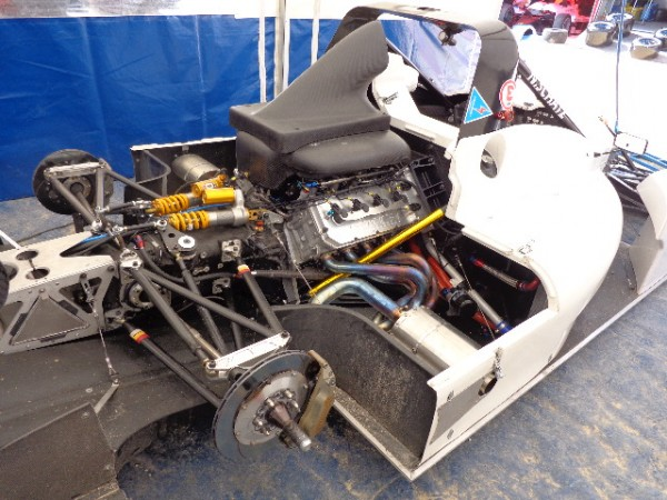 MONTAGNE-2012-BAGNOLS-SABRAN-le-moteur-V8-4-Litres-sur-la-NORMA-de-Nico-SCHATZ-photo-autonewsinfo