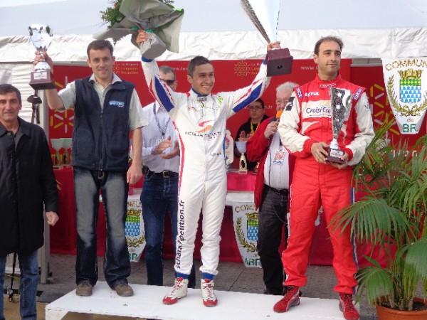 MONTAGNE-2012-BAGNOLS-SABRAN-le-podium-Alban-THOMAS-Nico-SCHATZ-et-Seb-PETIT-photo-autonewsinfo