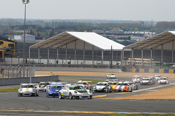 PORSCHE-CUP-2013-LE-MANS-Depart-course-2-Photo-Gilles-VITRY-autonewsinfo.