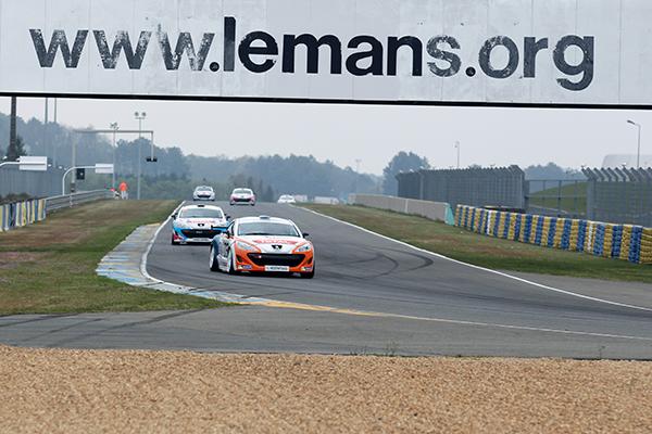 RCZ-Coupe-PEUGEOT-2013-LE-MANS-Photo-Gilles-VITRY-autonewsinfo