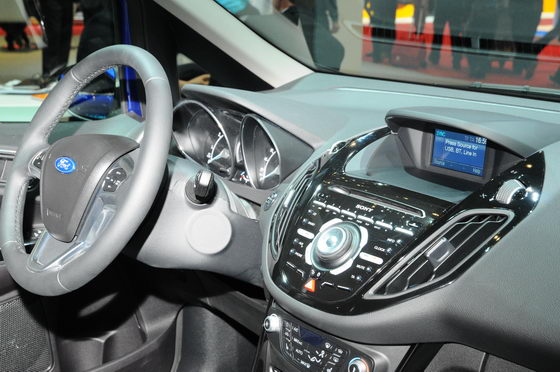 SALON-GENEVE-2013-FORD-Sync-Photo-PATRICK-MARTINOLI-autonewsinfo