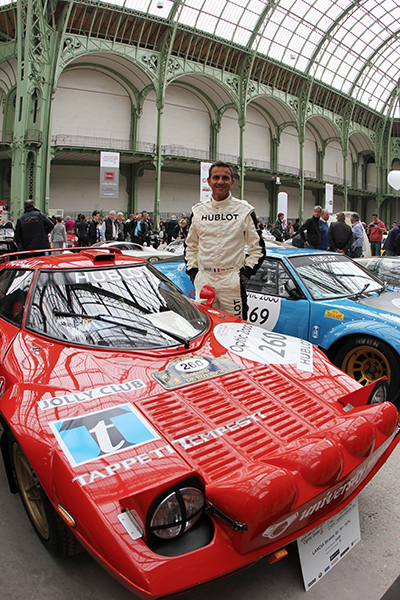 TOUR-AUTO-2013-AU-GRAND-PALAIS-Eric-COMAS-et-sa-superbe-LANCIA-STRATOS-Photo-Gilles-VITRY-autonewsinfo