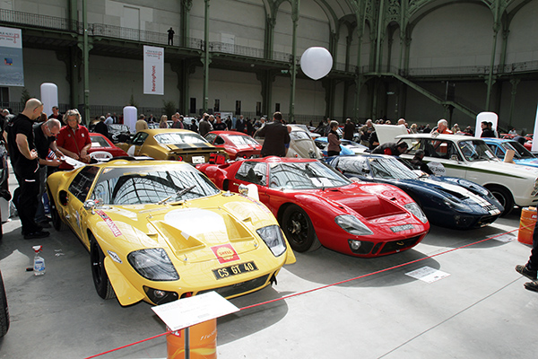 TOUR-AUTO-2013-AU-GRAND-PALAIS-Les-belles-GT-40-Photo-Gilles-VITRY-autonewsinfo