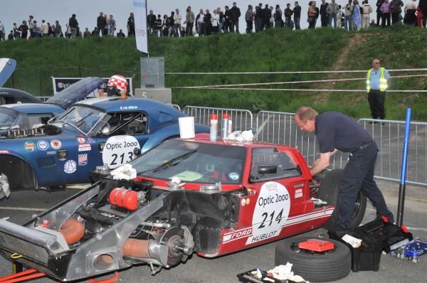 TOUR AUTO 2013 FORD GT 40 MK1 de 1966 du boulot pour les Anglais Christopher LILLINGSTON et Timothey HUXLEY Photo HAASE FOTO CLASSIC pour autonewsinfo