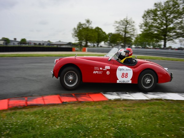 TOUR AUTO 2013 Photo de Max MALKA pour autonewsinsinfo JAGUAR XK 120 Roadster 1953 Pascal PAPAZYAN