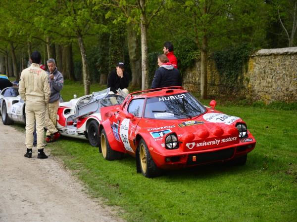 TOUR AUTO 2013 Photo de Max MALKA pour autonewsinsinfo Suréaliste les belles d'antan du Mans et du Monte Carlo prennent la pose au coeur de la France