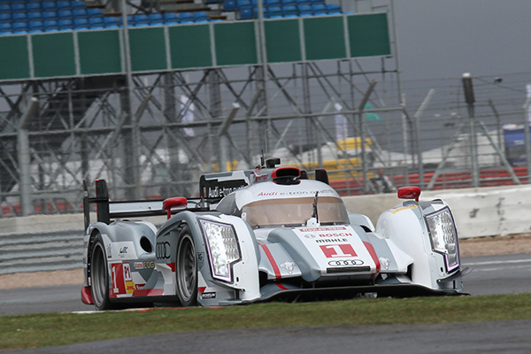 WEC-2013-SILVERSTONE-AUDI-Num-1-Essais-libres-vendredi-12-avril-Photo-Gilles-VITRY-autonewsinfo