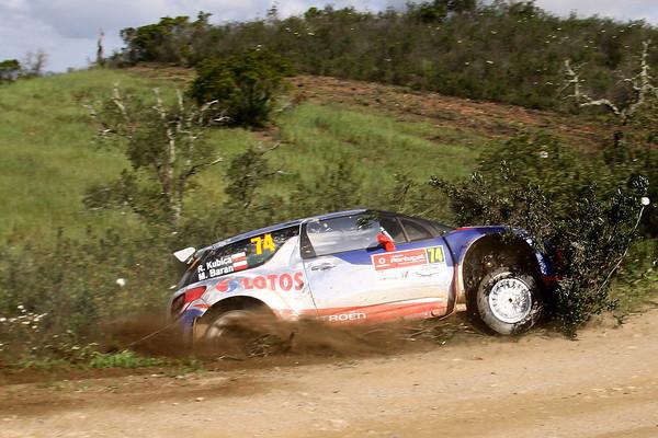 WRC-2013-PORTUGAL-DS3-KUBICA-sortie-de-route-Photo-Jo-LILLINI