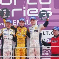 WSR 2013 MONZA Podium course 1 Vainqueur VANDOORNE Photo RST