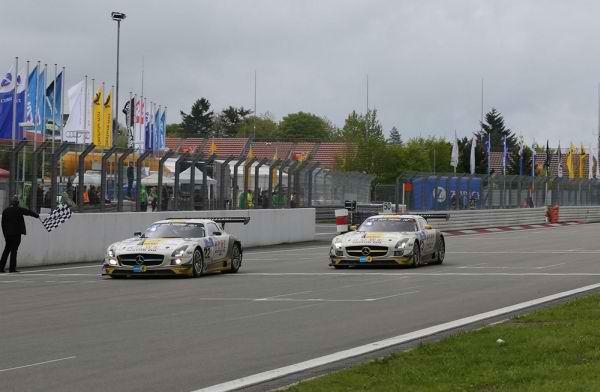 24 HEURES DU NURBURGRING 2013 MERCEDES REMPORTE pour la toute 1ére fois la course Aavec le Team mais sur 15 Heures
