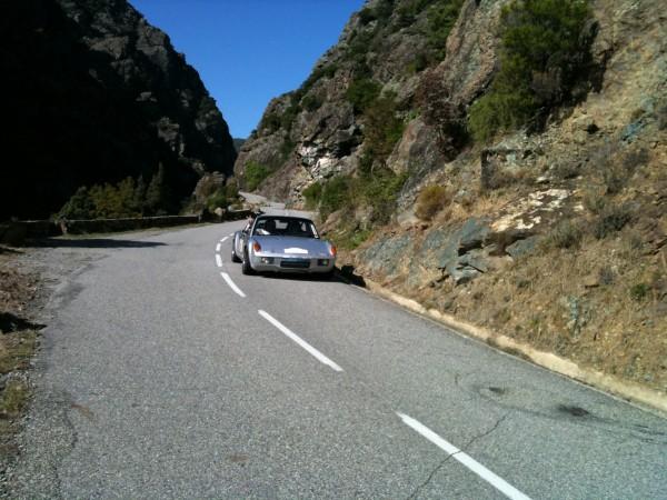 La PORCHE 914 d'Eric et Audric CHANTRIAUX pour ce Rallye du MAROC Historique - Photo François HAASE pour autonewsinfo