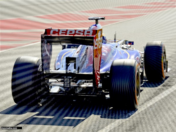 F1-2013-JEAN-ERIC-VERGNE-et-sa-TORO-ROSSO- Ou, un nouveau départ vers de nouveaux objectifs en 2014 - Photo-MAX-MALKA