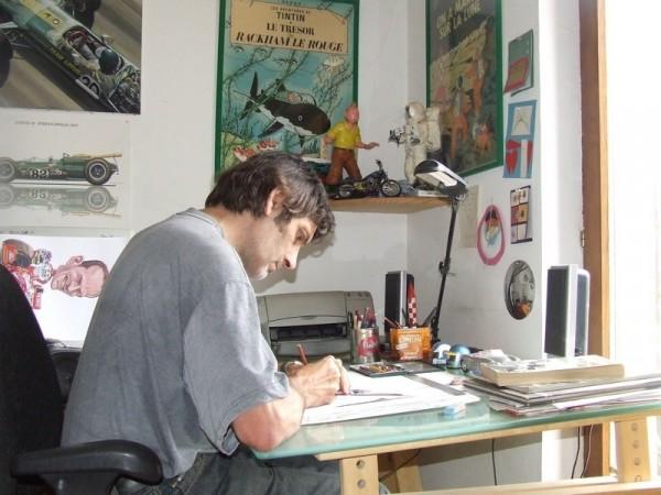 MARC-OSTERMANN-l'artiste-en-plein-travail-@OSTERMANN-pour-autonewsinfo