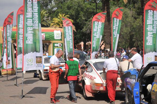 MAROC HISTORIQUE 2013 - Arrivee au parc de regroupement final de MARRAKECH - Photo David GIARD pour autonewsinfo
