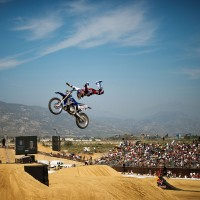 RED BULL X-FIGHTERS TOM PAGES A GLEN HELEN EN CALIFORNIE