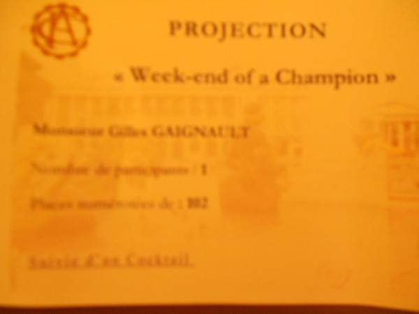 Roman-Polanski-et-Sir-Jackie-Stewart-presentaient-Week-end-de-Champion-a-Paris-INVITATION