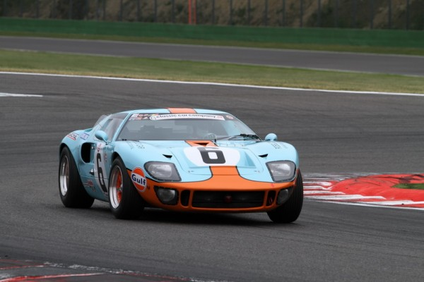 SPA-CLASSIC-2013-FORD-GT-40-©-Manfred-GIET-pour-autonewsinfo