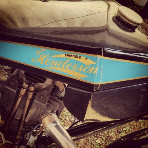 VINTAGE-REVIVAL-MONTLHERY-2013-Moto-Ambiance-3-Photo-IRON-BIKERS