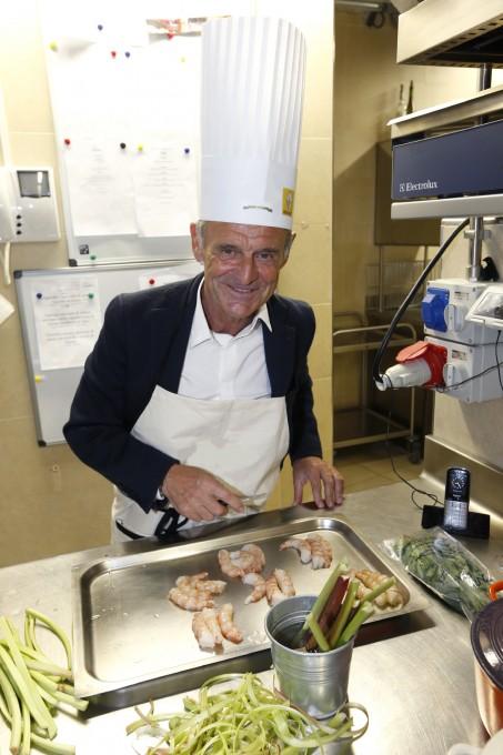 VOLANT DES CHEFS 2013 Un certain chef dénommé Bernard DARNICHE derriére les fourneaux Photo RS