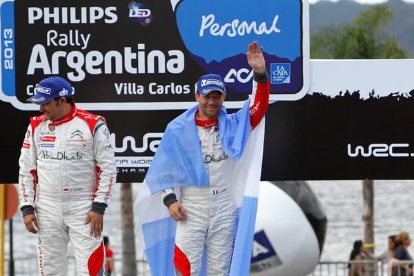 WRC-2013-ARGENTINE-L'-Argentine-lui-va-si-bien-a-LOEB-Photo-Jo-LILLINI