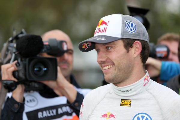 WRC-2013-ARGENTINE-OGIER-consolide-sa-place-de-leader-du-Championnat-Photo-Jo-LILLINI