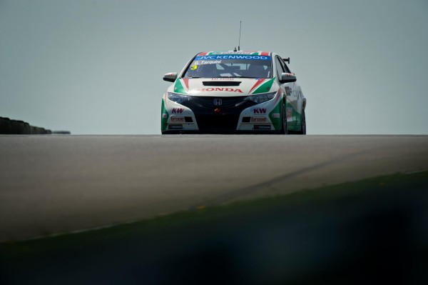 WTCC-2013-HUNGARORING-HONDA-CIVIC-TARQUINI-Photo-Team