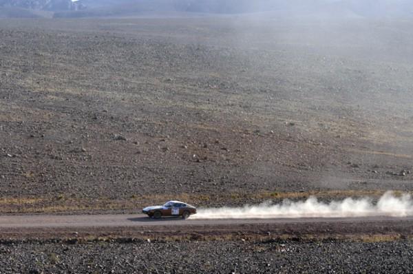 DATSUN Z 240,TOTALEMENT IMPROBABLE AU DESERT,TOTALEMENT JOUISSIVE