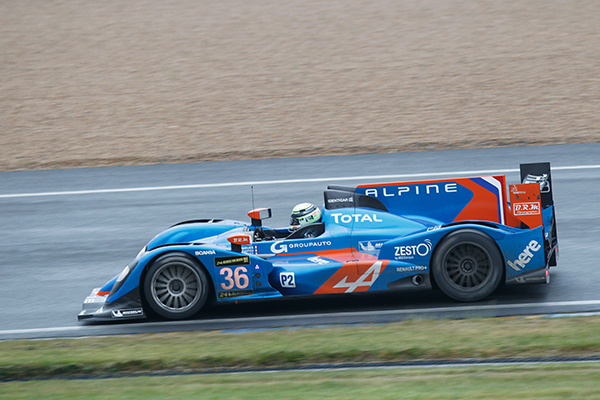 24-H-DU-MANS-2013-ALPINE-RETROUVE-le-circuit-du-MANS-Journee-Preliminaire-Photo-Gilles-VITRY-autonewsinfo
