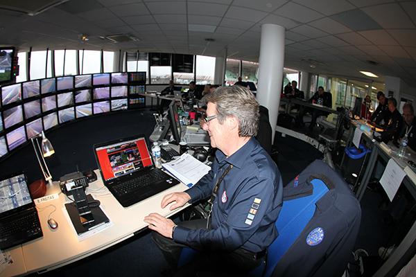 24-H-DU-MANS-2013-Direction-de-course-Daniel-POISSENOT-un-inconditionnel-du-site-autonewsinfo-Photo-Gilles-VITRY-autonewsinfo.