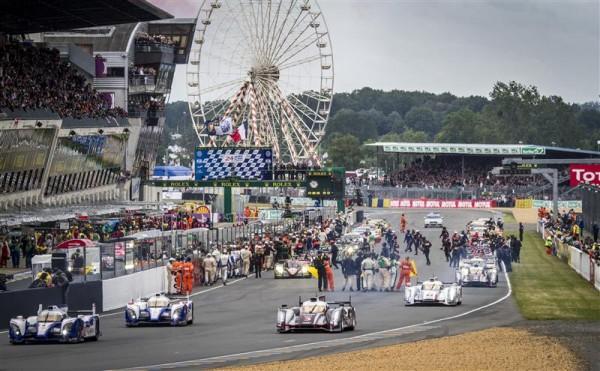 24-HEURES-DU-MANS-2012-DEPART-TOUR-DE-CHAUFFE-Photo-Gilles-MOLINIER-autonewsinfo