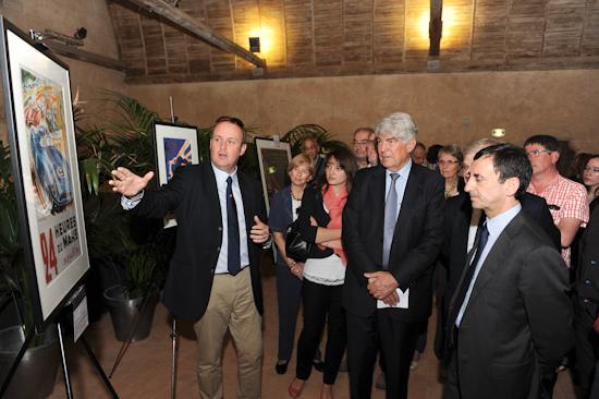 24-HEURES-DU-MANS-2013-EXPO-ABBAYE-EPAU-avec-François-FILLON-Président-ACO et Jean Marie GEVEAUX Président du Conseil Général de la Sarthe -