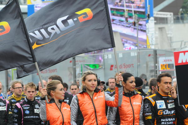 24-HEURES-DU-MANS-2013-GRID-GIRLS-Team-ADR-DELTA-Photo-Patrick-MARTINOLI