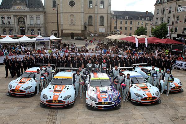 24 HEURES DU MANS 2013 - Pesage - EN GT ASTON MARTIN aligne cinq bolides - Photo Gilles VITRY - autonewsinfo.com.