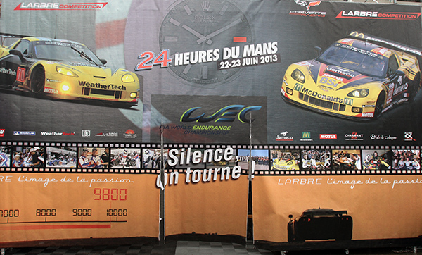 24-HEURES-DU-MANS-2013-Structure-du-Team-larbre-DANS-LE-PADDOCK-Photo-Gilles-VITRY-autonewsinfo