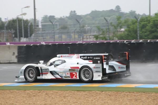 24-HEURES-DU-MANS-2013-préliminaires-Audi-N°2-Photo Patrick MARTINIOLI-autonewsinfo