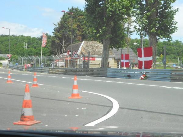 24 HEURES DU MANS - Lundi 24 juin Hommage au Tertre Rouge a ALLAN SIMONSEN- Photo Gilles VITRY - autonewsinfo