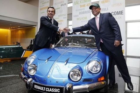 ALPINE-RENAULT-CARLOS-GHOSN-et-TONY-FERNANDES - photo Jean Jacques MANCEL Magazine BERLINETTE pour autonewsinfo