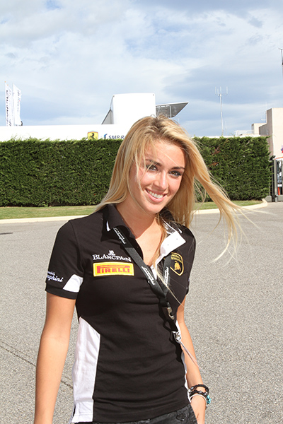 BLANCPAIN-2013-PAUL-RICARD-GIRL-22-Photo-Gilles-VITRY-autonewsinfo