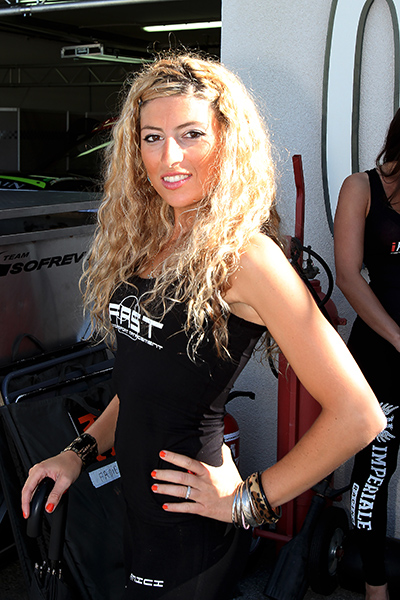 BLANCPAIN-2013-PAUL-RICARD-GIRL-5-Photo-Gilles-VITRY-autonewsinfo