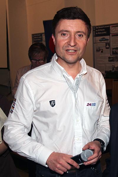 BRUNO-VANDESTICK-portrait-du-speaker-des-24-HEURES-DU-MANS-2013-portrait-Gilles-VITRY-autonewsinfo.