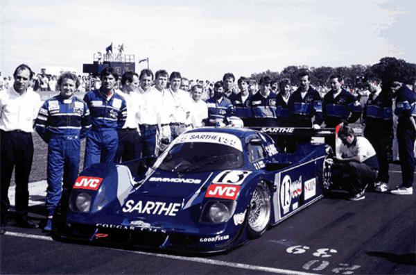 COURAGE-YVES-et-son-équipe-en-1990-avec-Michel-TROLLE-et-Pascal-FABRE-Photo-Collection-COURAGE