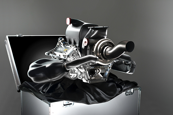 F1-2013-Presentation-moteur-ENERGY-RENAULT-2014-Photo-RSF1