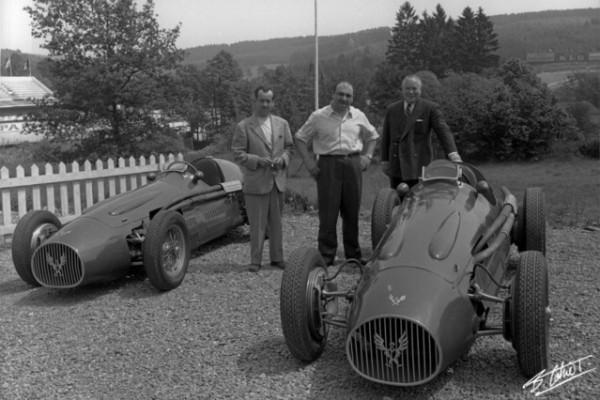 GONZALES-avec-Maurice-TRINTIGNANT-GP-Belgique-1954-Photo-Collection-famille-CAHIER.j